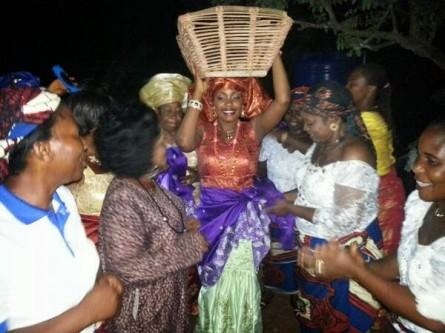 Tchidi Chikere weds Nuella Njubigbo Loveweddingsng