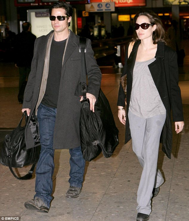 Brad Pitt Angelina Jolie Married Loveweddingsng6