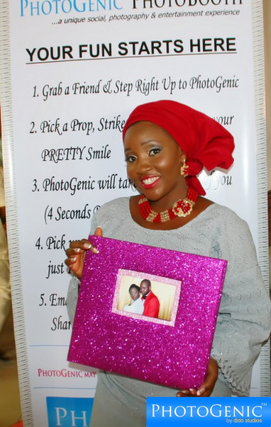 The Photogenic Photobooth Premium Guestbook Album