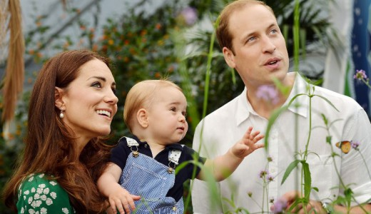 Duke and Duchess of Cambridge Pregnant - Kate and William with George feat