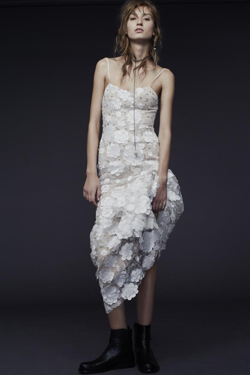 Vera Wang Bride Fall 2015 Collection Loveweddingsng1