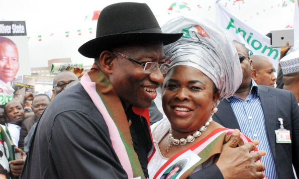 PIC. 9. PRESIDENT GOODLUCK JONATHAN AND HIS WIFE, DAME PATIENCE, AFTER   DECLARING HIS INTEREST IN 2015 PRESIDENTIAL RACE IN ABUJA ON TUESDAY   (11/11/14). 5672/11/11/14/ICE/AIN/NAN