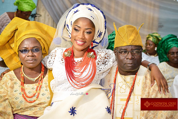 LoveweddingsNG Traditional Wedding Folusho and Temitope Godwin Oisi Photography18