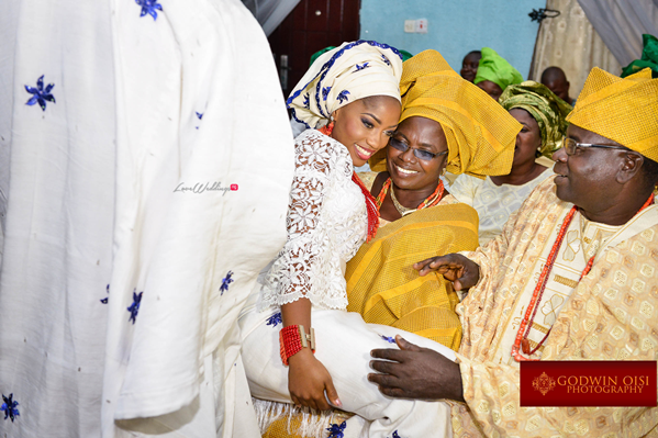 LoveweddingsNG Traditional Wedding Folusho and Temitope Godwin Oisi Photography20