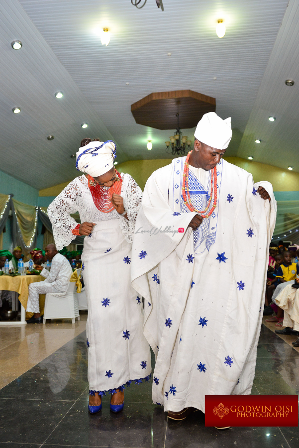 LoveweddingsNG Traditional Wedding Folusho and Temitope Godwin Oisi Photography21