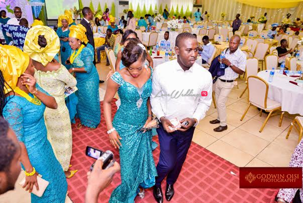 LoveweddingsNG White Wedding Folusho and Temitope Godwin Oisi Photography15