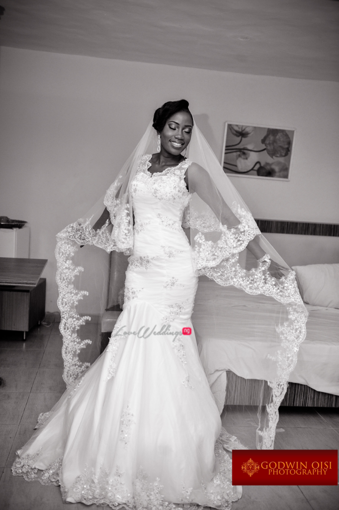 LoveweddingsNG White Wedding Folusho and Temitope Godwin Oisi Photography39