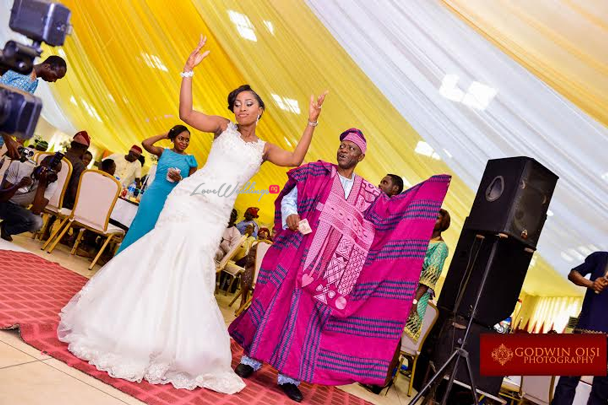 LoveweddingsNG White Wedding Folusho and Temitope Godwin Oisi Photography6