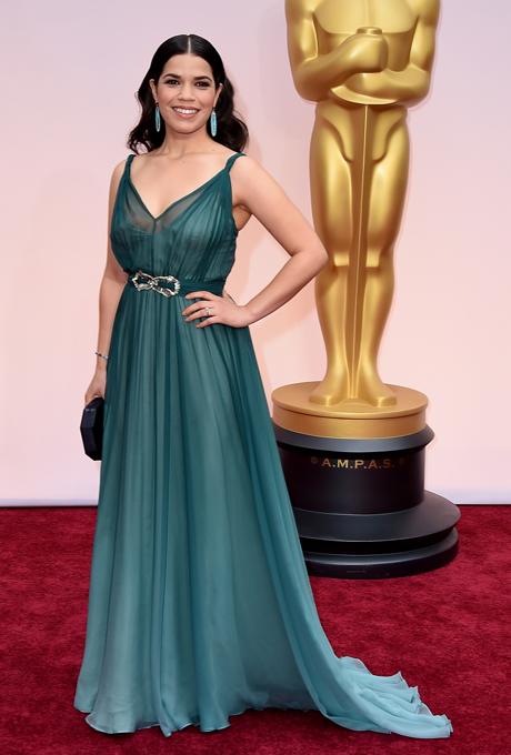 Oscars 2015 - America Ferrera in Jenny Packham