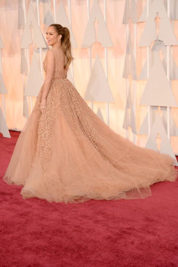 Oscars 2015 - Jennifer Lopez in Elie Saab