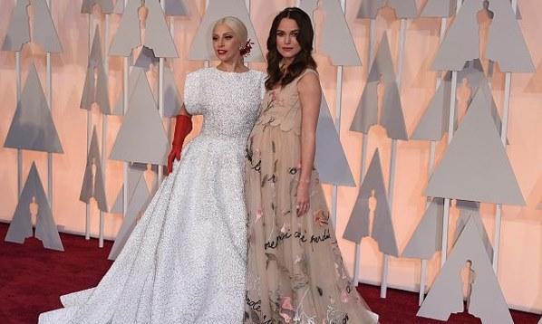 Oscars 2015 - Lady Gaga and Keira Knightley