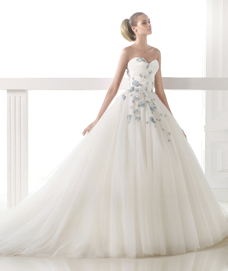 Atelier Pronovias 2015 Collection - LoveweddingsNG33