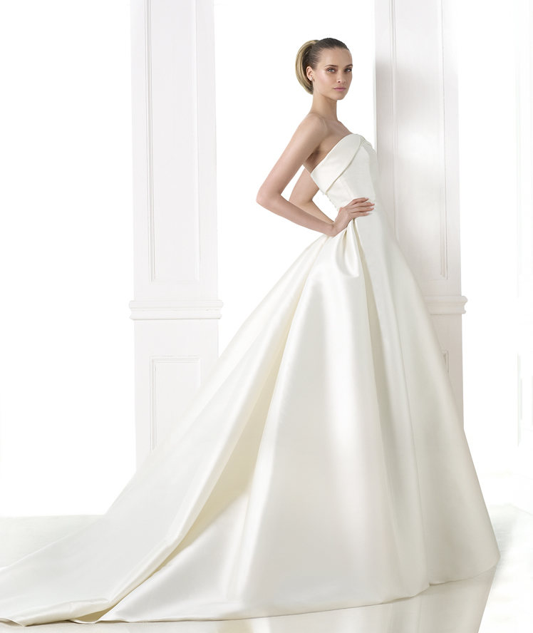 Atelier Pronovias 2015 Collection - LoveweddingsNG37