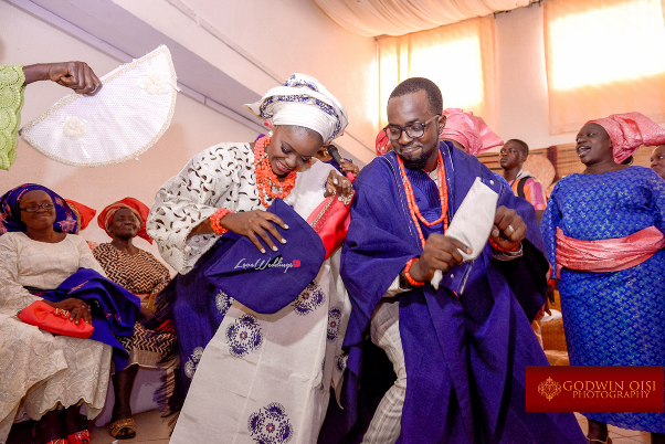 LoveweddingsNG Traditional Wedding Moradeyo and Olamidun Godwin Oisi Photography19