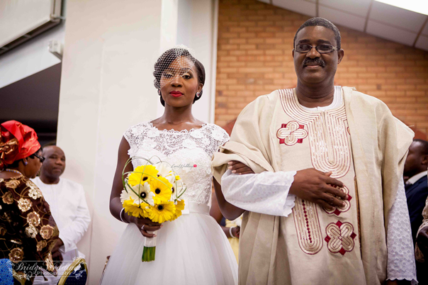 LoveweddingsNG White Wedding Deji and Hannah Bridge Weddings17