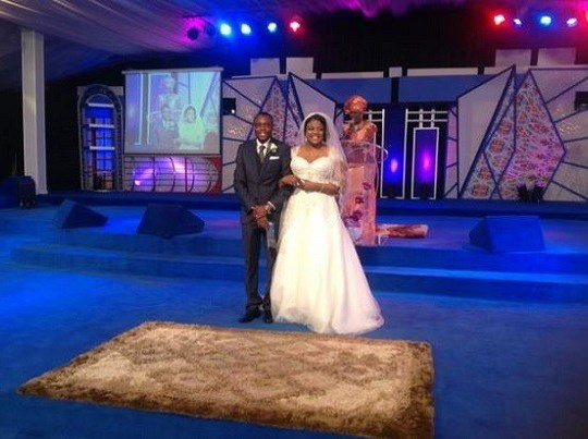 Stephen Keshis daughter - Ifeyinwa weds Emeke Enyihor LoveweddingsNG