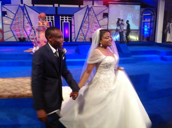 Stephen Keshis daughter - Ifeyinwa weds Emeke Enyihor LoveweddingsNG12
