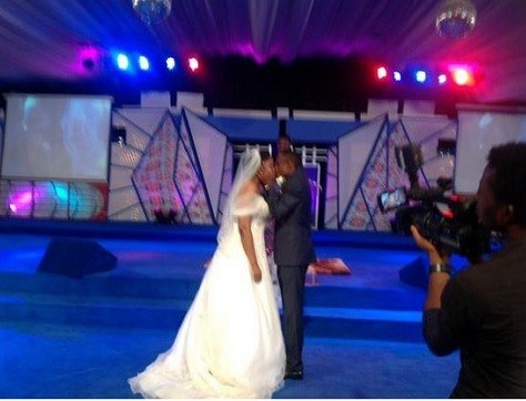 Stephen Keshis daughter - Ifeyinwa weds Emeke Enyihor LoveweddingsNG3