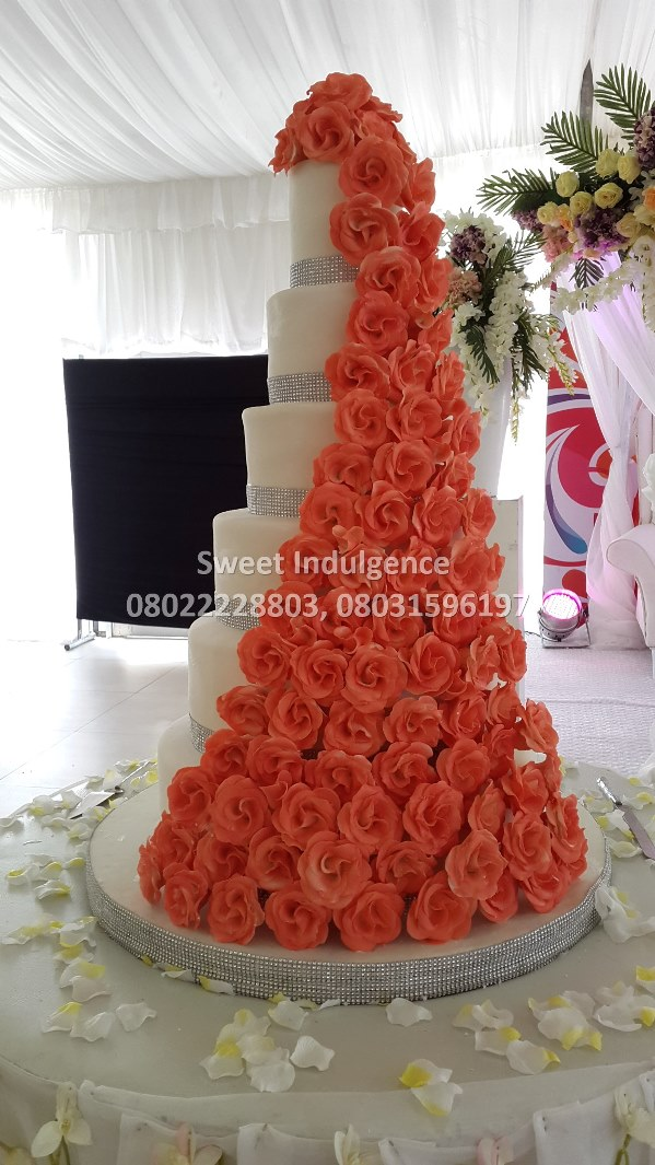 Sweet Indulgence - Choosing The Right Wedding Cake LoveweddingsNG2