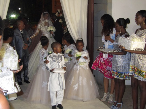 Osi Umenyiora weds Leila Lopes LoveweddingsNG5