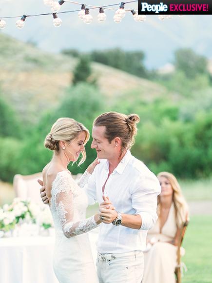 Florida  Georgia Line Singer - Tyler Hubbard weds Hayley Stommel LoveweddingsNG5