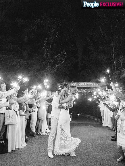 Florida  Georgia Line Singer - Tyler Hubbard weds Hayley Stommel LoveweddingsNG9
