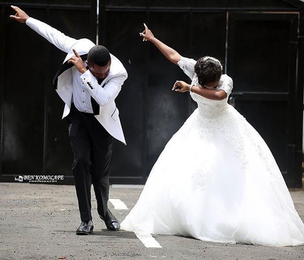 nigerian-wedding-pose-the-dab-ben-komolafe-photography-loveweddingsng