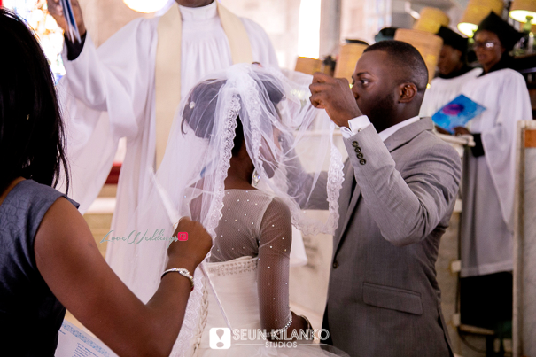 Nigerian White Wedding Folake and Dotun Seun Kilanko Studios LoveweddingsNG Bride Veil