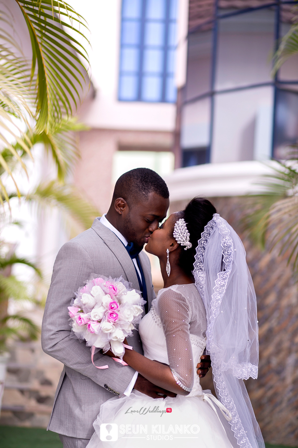 Nigerian White Wedding Folake and Dotun Seun Kilanko Studios LoveweddingsNG Couple Kiss