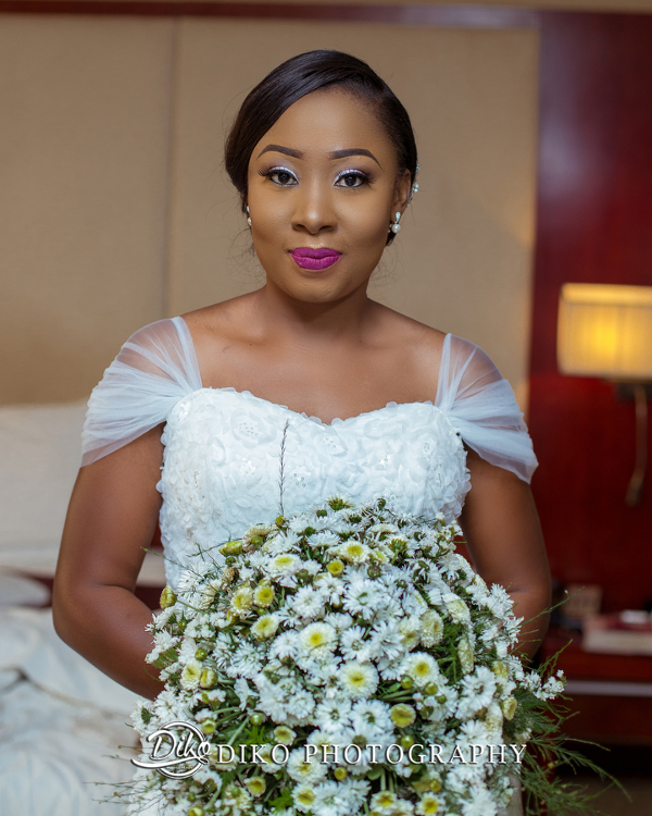 Nigerian Bride and Bouquet Grace and Pirzing LoveweddingsNG Diko Photography