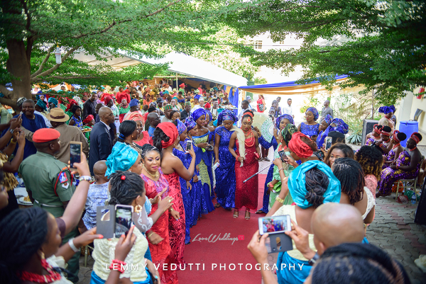 Nigerian Traditional Bride dancing Jane and Solomon Lemmy Vedutti Photography LoveweddingsNG