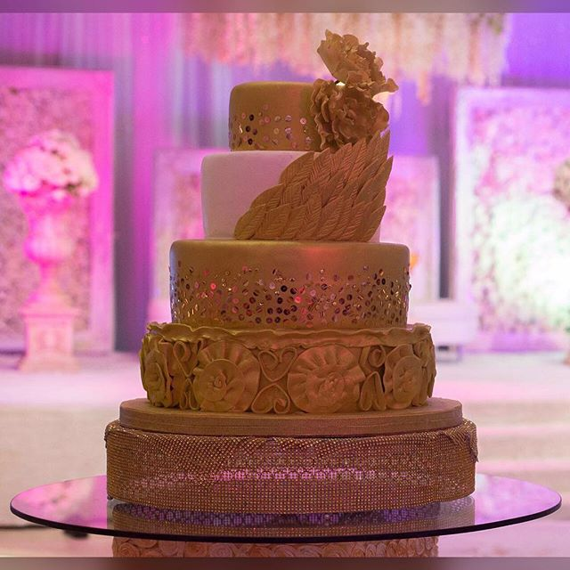 Nigerian Wedding Cake Heladodelicia Kemi and Sydney LoveweddingsNG