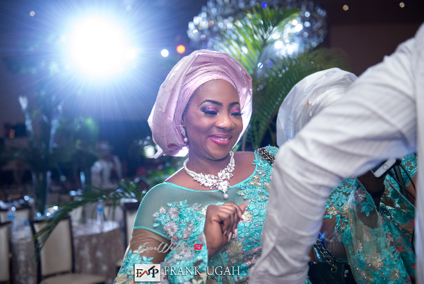 Nigerian Traditional Bride's sister Kunbi Oyelese Lanre Tomori LoveweddingsNG 1