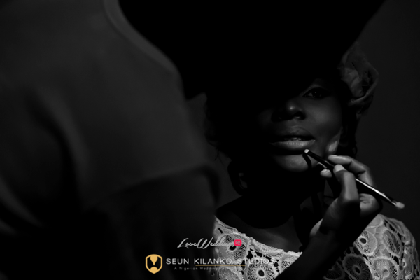 Nigerian Traditional Wedding Seun and Tosin Bridal Prep Seun Kilanko Studios LoveweddingsNG
