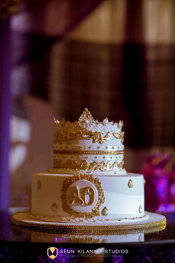 Nigerian White Wedding Cake Ope & Deji Seun Kilanko Studios LoveweddingsNG
