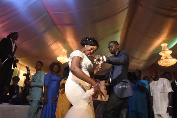 nigerian-bride-and-groom-dancing-moji-and-fola-loveweddingsng