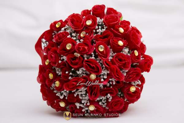 Nigerian White Wedding Details - Bridal Bouquet Lamide and Biodun Seun Kilanko Studios LoveweddingsNG