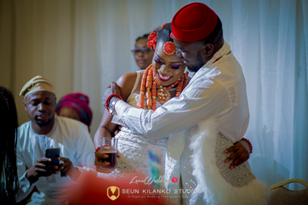 nigerian-traditional-bride-and-groom-awele-and-ademola-seun-kilanko-studios-loveweddingsng