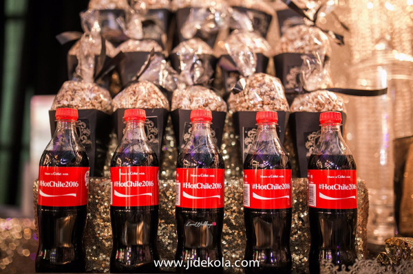nigerian-wedding-personalised-coke-bottles-and-popcorn-chioma-agha-and-wale-ayorinde-obi-somto-loveweddingsng-1