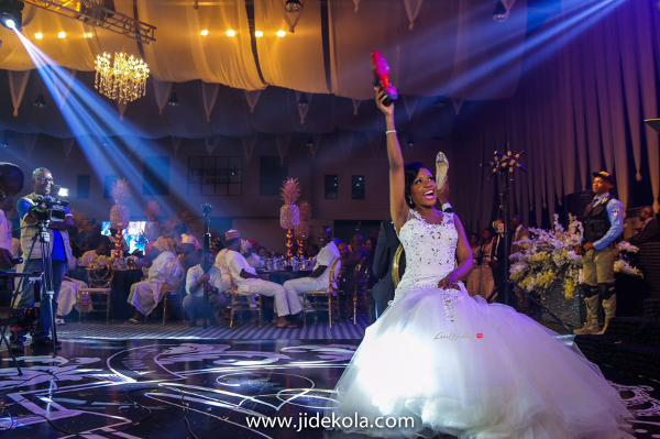 nigerian-wedding-shoe-game-chioma-agha-and-wale-ayorinde-jide-kola-loveweddingsng
