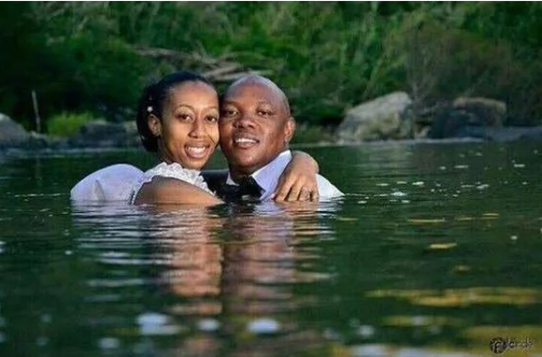 nigerian-hilarious-prewedding-photos-loveweddingsng-4