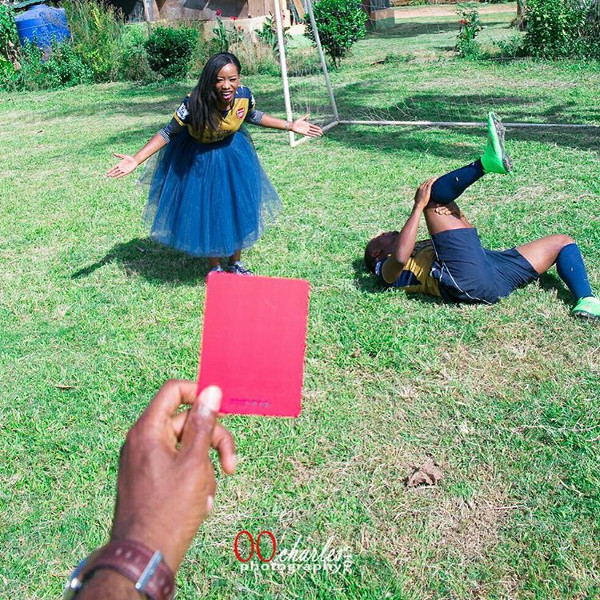 nigerian-hilarious-prewedding-photos-loveweddingsng-red-card
