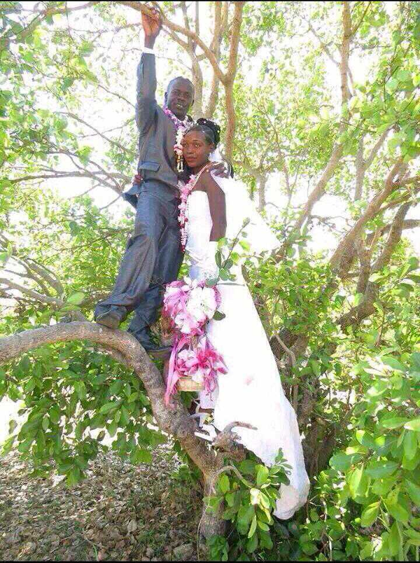 nigerian-hilarious-wedding-photos-loveweddingsng-1