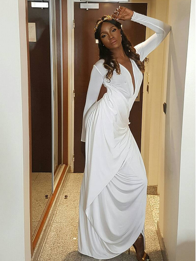 the-wedding-party-grand-premiere-seyi-shay-red-carpet-to-aisle-loveweddingsng