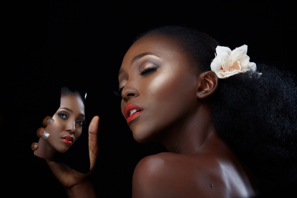 beauty-shoot-with-adella-makeup-and-eleanor-goodey-photography-loveweddingsng