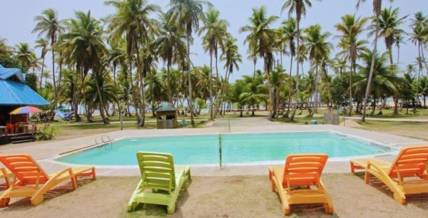 honeymoon-in-lagos-la-campagne-tropicana-resort-loveweddingsng
