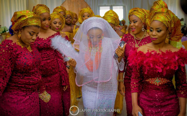 nigerian-bride-and-asoebi-ladies-princess-layebi-tejuosho-and-lekan-aluko-traditional-wedding-loveweddingsng-1