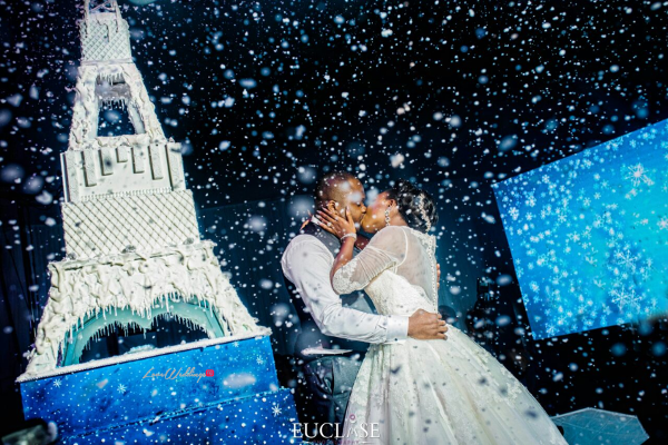 Nigerian Couple Kiss Eiffel Tower Wedding Cake Toyosi and Wole WED Dream Wedding From Paris With Love 17 LoveWeddingsNG 1