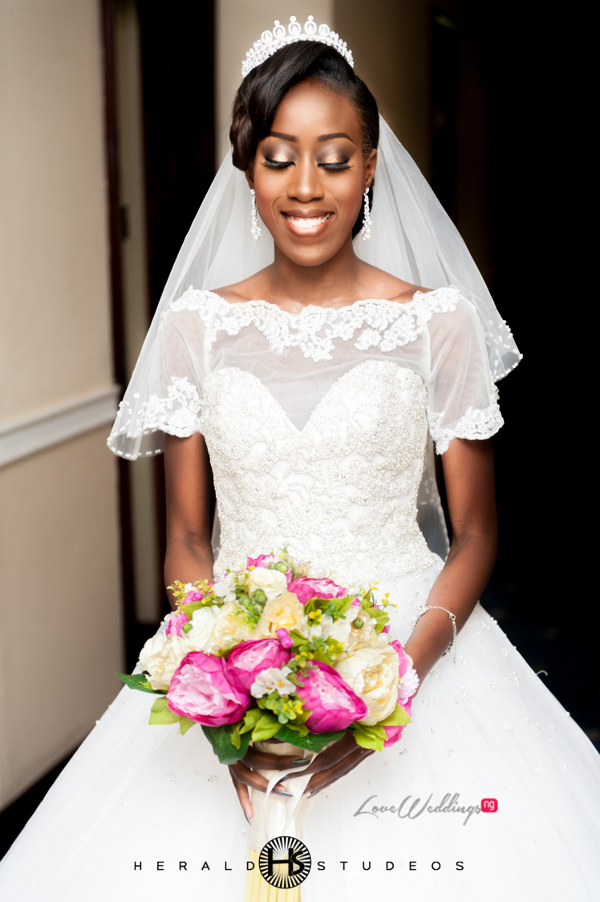 Nigerian bride and bouquet Tosin and Hassan Herald Studeos LoveWeddingsNG