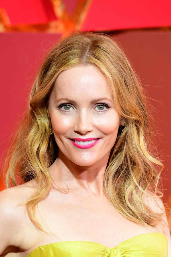 Oscars 2017 - Leslie Mann Bridal Hair Inspiration LoveWeddingsnG